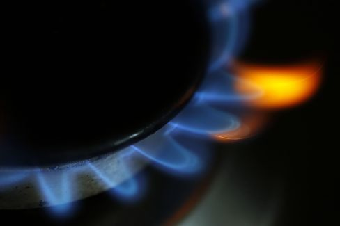 Natural Gas Burns on a Kitchen Stove in London