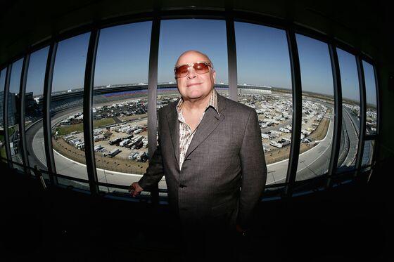 Speedway Motorsports Founder Smith Seeks $734 Million Buyout