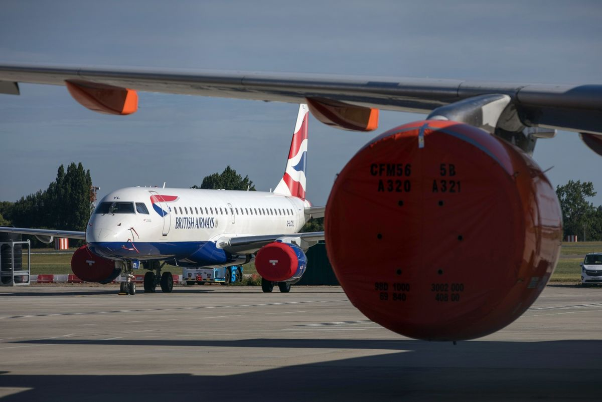 British Airways Owner Trims Expenses With Furloughs, Job Cuts