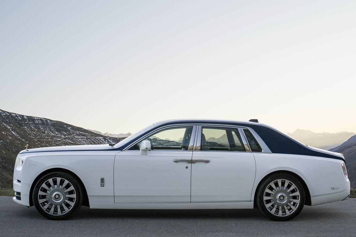 Large Sedan: Rolls-Royce Phantom