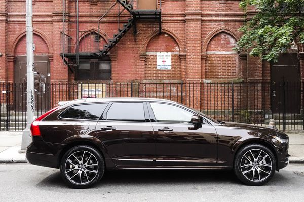 The 55 300 V90 Cross Country Is Heightened Version Of 49 950 Wagon