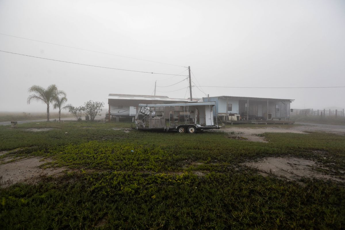 Louisiana, Sinking Fast, Prepares to Empty Out Its Coastal Plain