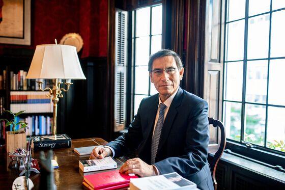 Peru President Dissolves Congress as Opposition Cries Foul
