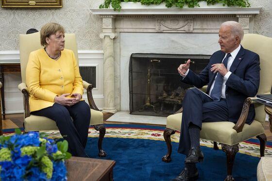 Biden Hosts Merkel Swan-Song Visit Amid Russia, China Clouds