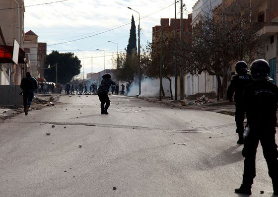 Protests Erupt in Tunisia After Photographer's Self-Immolation