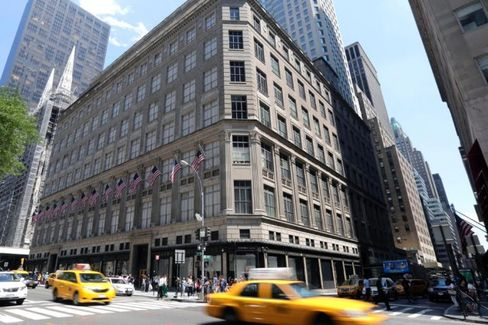 For Saks Revival, More Fancy Designers and More Cheap Outlets