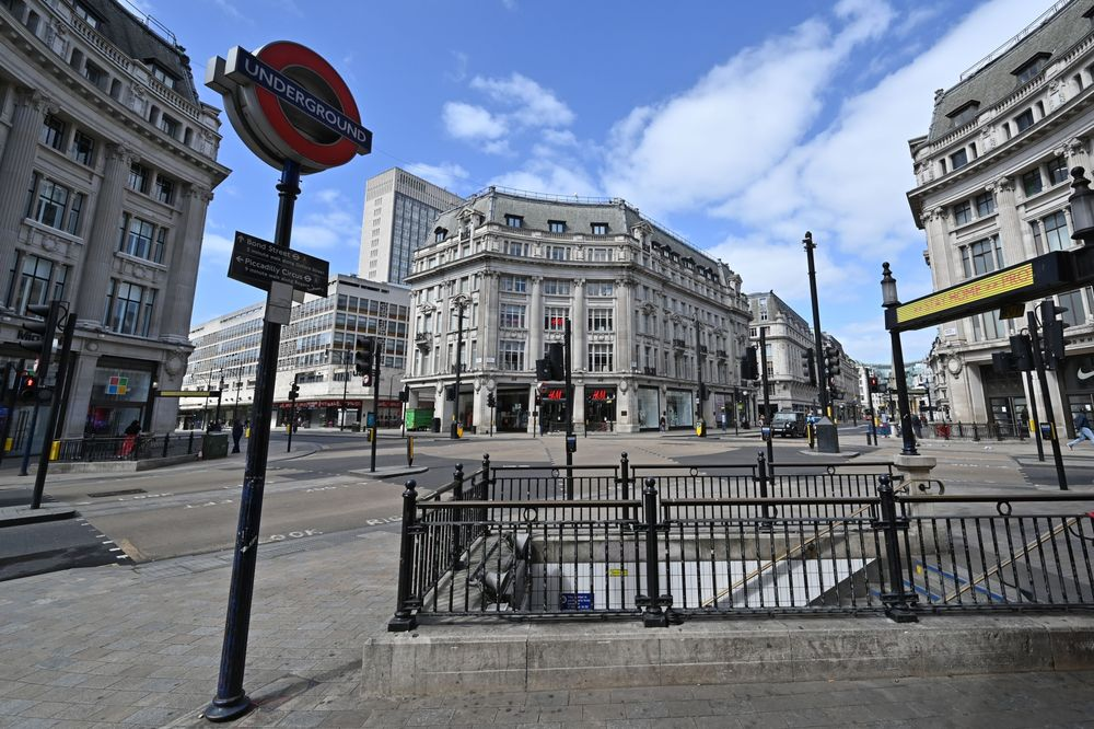 U.K. Likely to Announce Lockdown Extension This Week, Raab Says ...