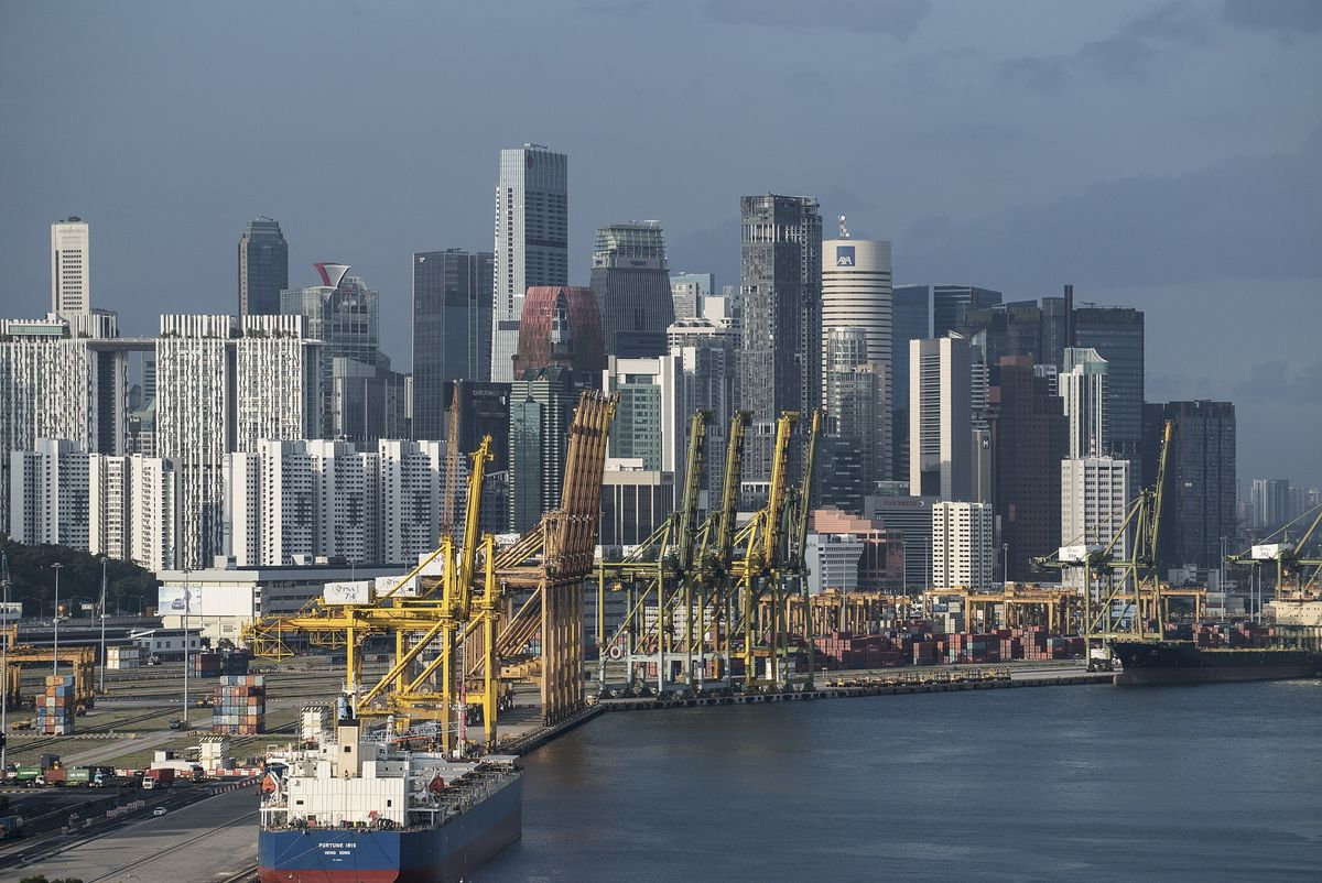 Singapore Adds a Dour Note to Grim Global Outlook