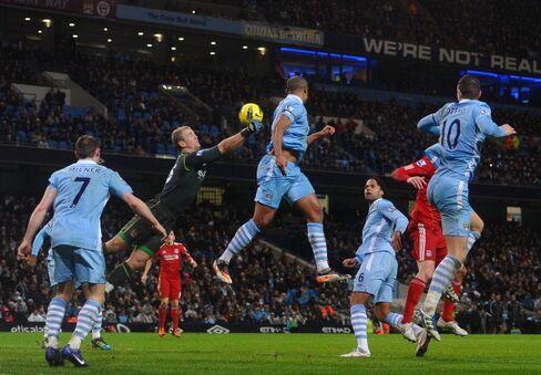 Manchester City Beats Liverpool