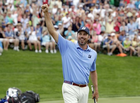 Kuchar Wins Memorial to Join Woods as Multiple PGA Tour Champion