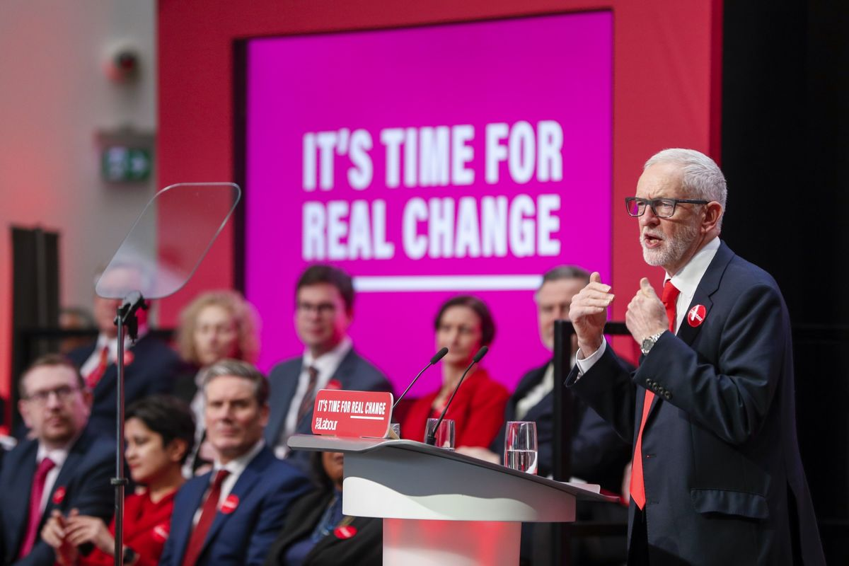 Labour Taxes the Rich to Fund 83 Billion-Pound Spree: U.K. Votes