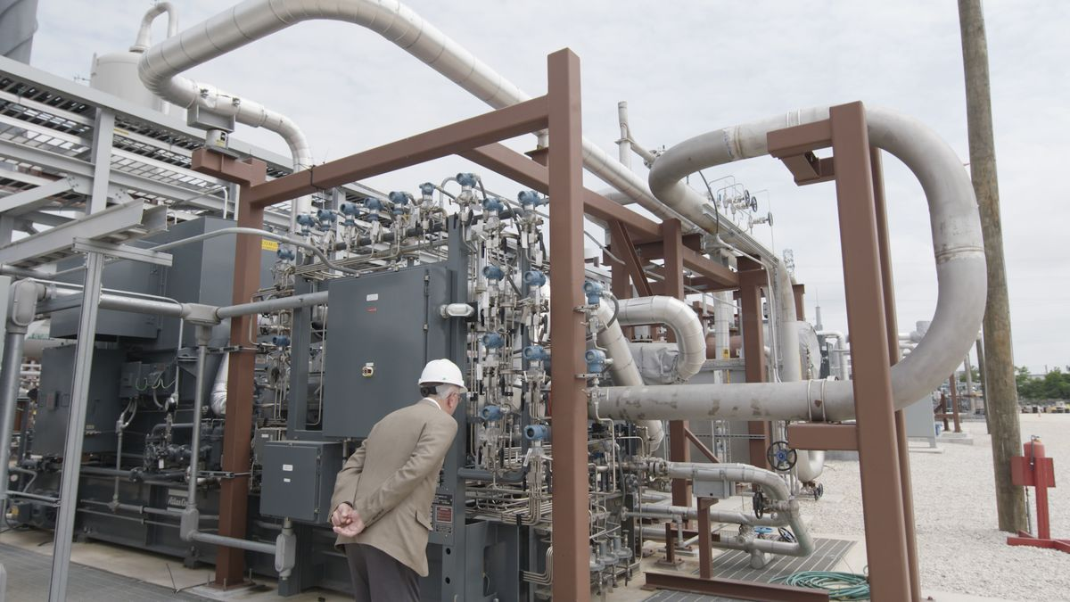 This Power Plant Has Cracked Carbon Capture