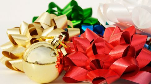 Christmas decorations, colored ribbon bows.