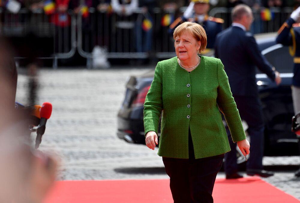 Merkel Was Lobbied for a Top EU Job at Romanian Summit in May