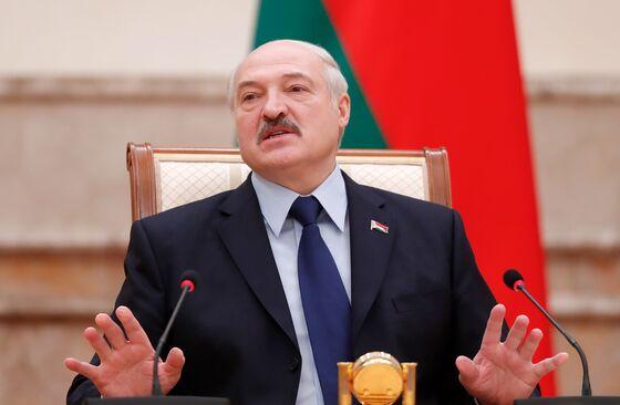 Russia's Ally Fears Kremlin Takeover as Oil Cash Shortfall Looms