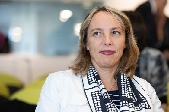 Renault's Delbos Joins GM's Barra in Sparse Ranks of Female Auto Executives