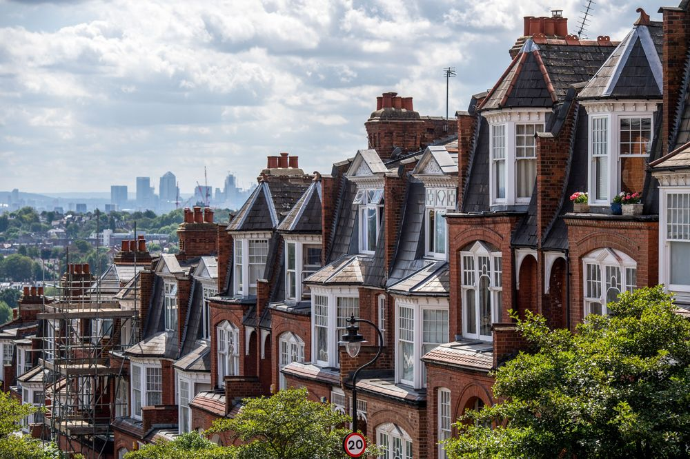 U.K. House Price Growth Sees Modest Rebound