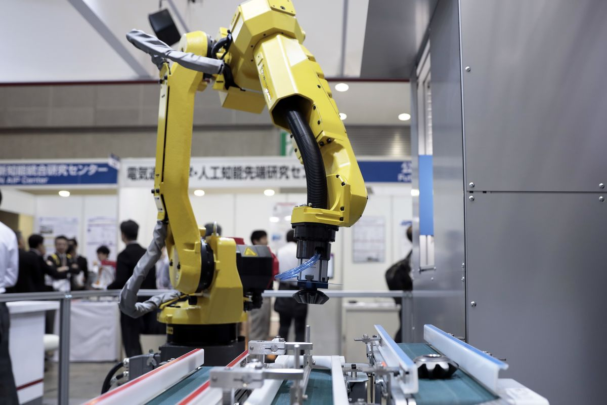 More Robots Mean 120 Million Workers Need to be Retrained