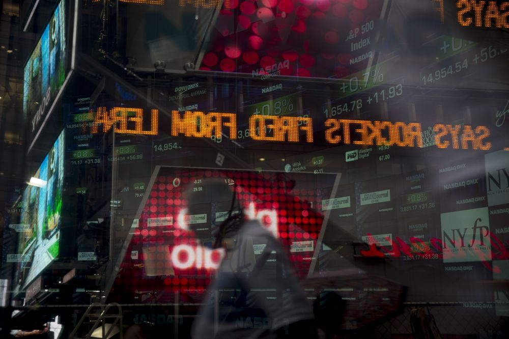 Inside the Dangerous World of Tiny IPOs - Bloomberg