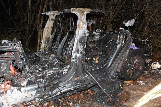 Tesla Crash Victim's Autopsy Shows Alcohol Above Legal Limit
