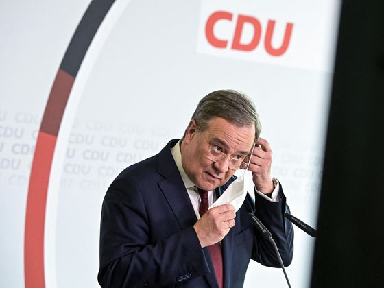 German Pandemic Strategy Needs Urgent Overhaul, Merkel Ally Says