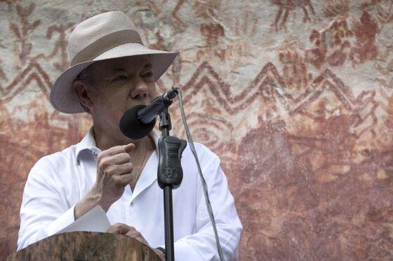 Biggest Colombian Cocaine Cartel Close to Surrender, Santos Says