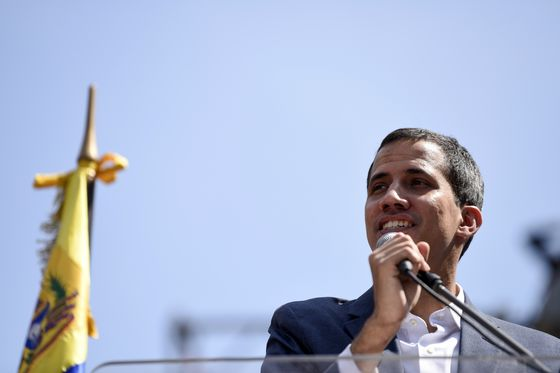 Venezuela's Guaido Reaches Out to Italy's Divided Populists