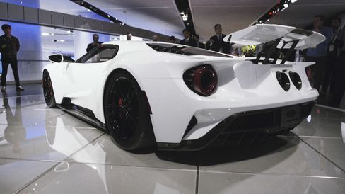 The 2017 Ford GT, looking spectacular in white.