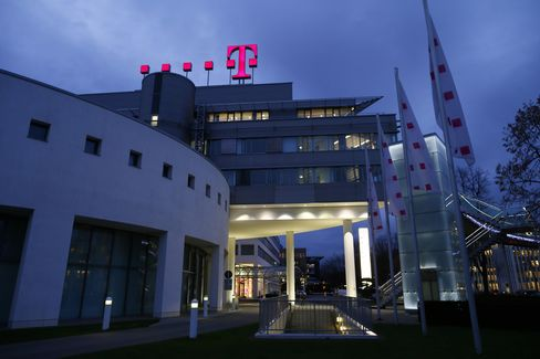 Deutsche Telekom Raided With Orange as EU Probes Internet