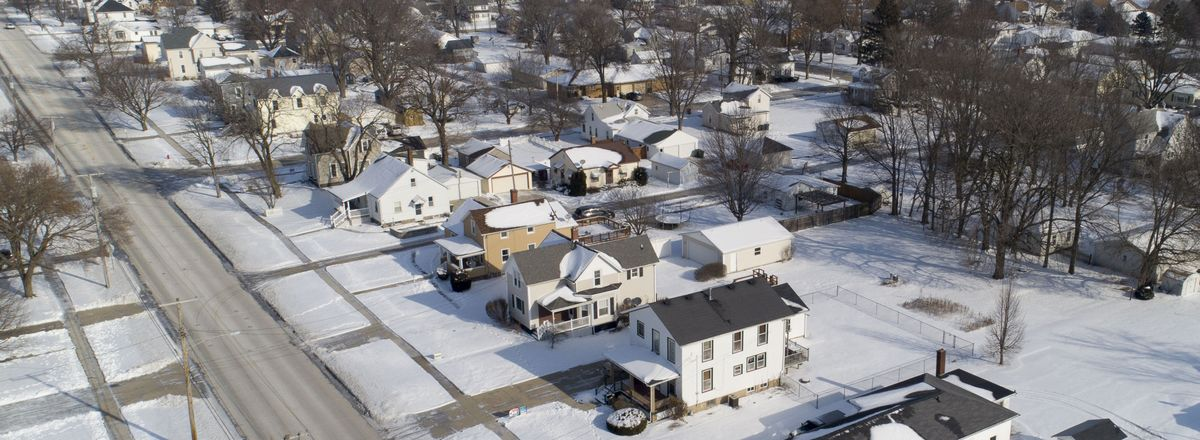 Millions of Americans Expect to Lose Their Homes as Covid Rages - Bloomberg thumbnail