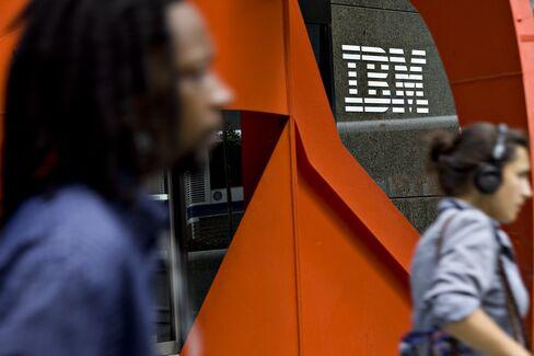 Berkshire Takes $10.7 Billion IBM Stake