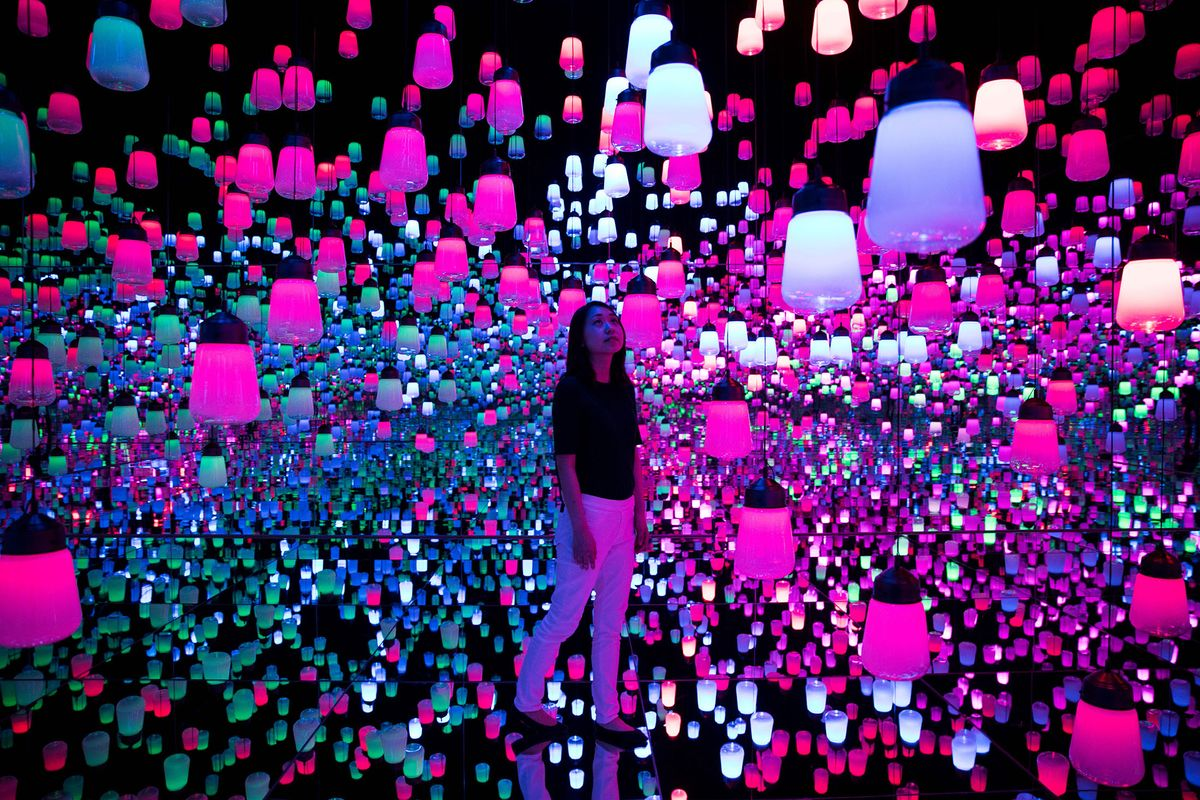 Tokyo Unveils World's First All-Digital Psychedelic Art Museum