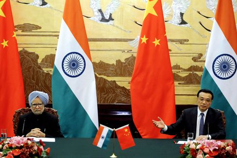 China and India Try to Paper Over Their Differences
