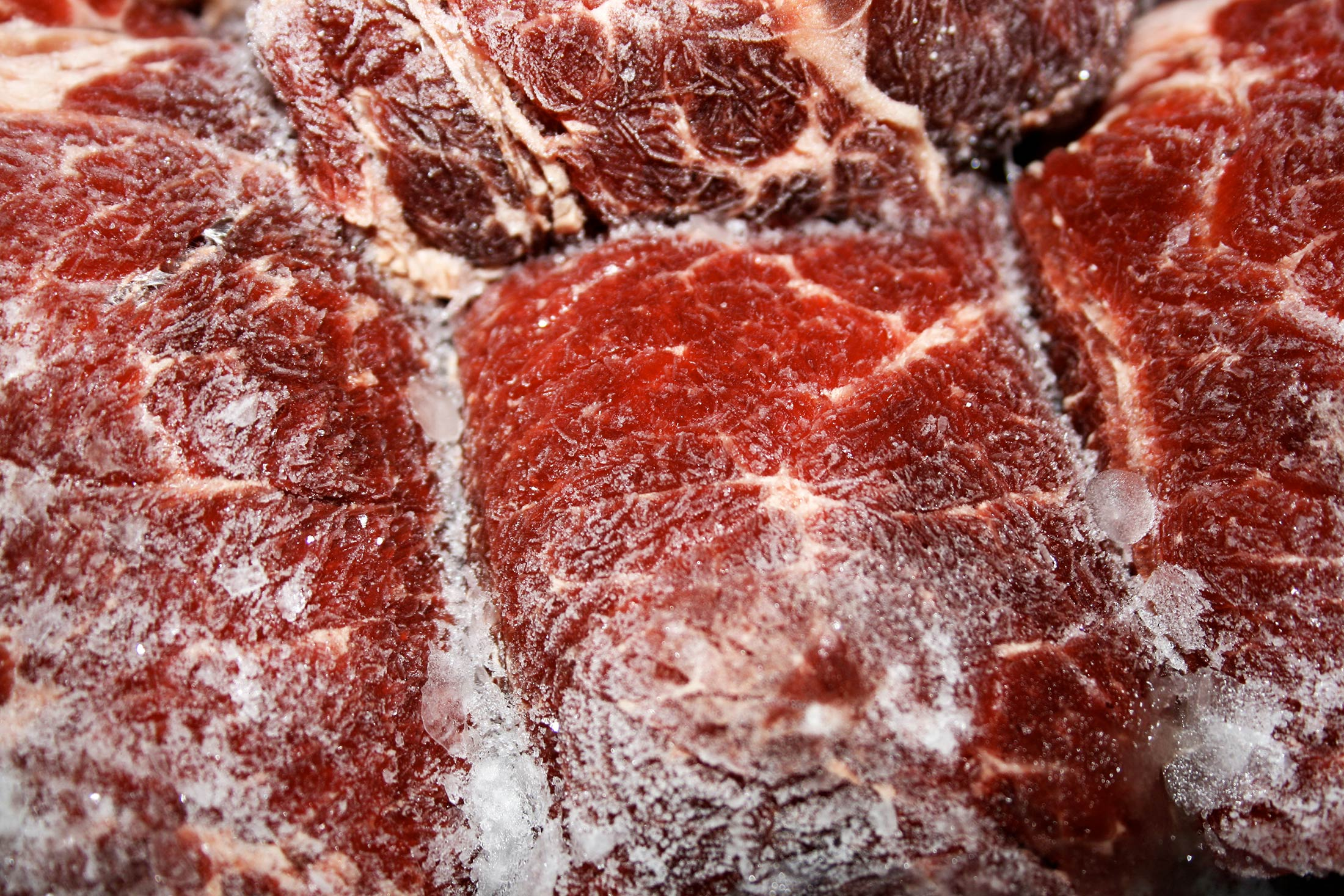 Frozen Beef Stranded at Sea as China Shuts Out Brazil's Meat - Bloomberg
