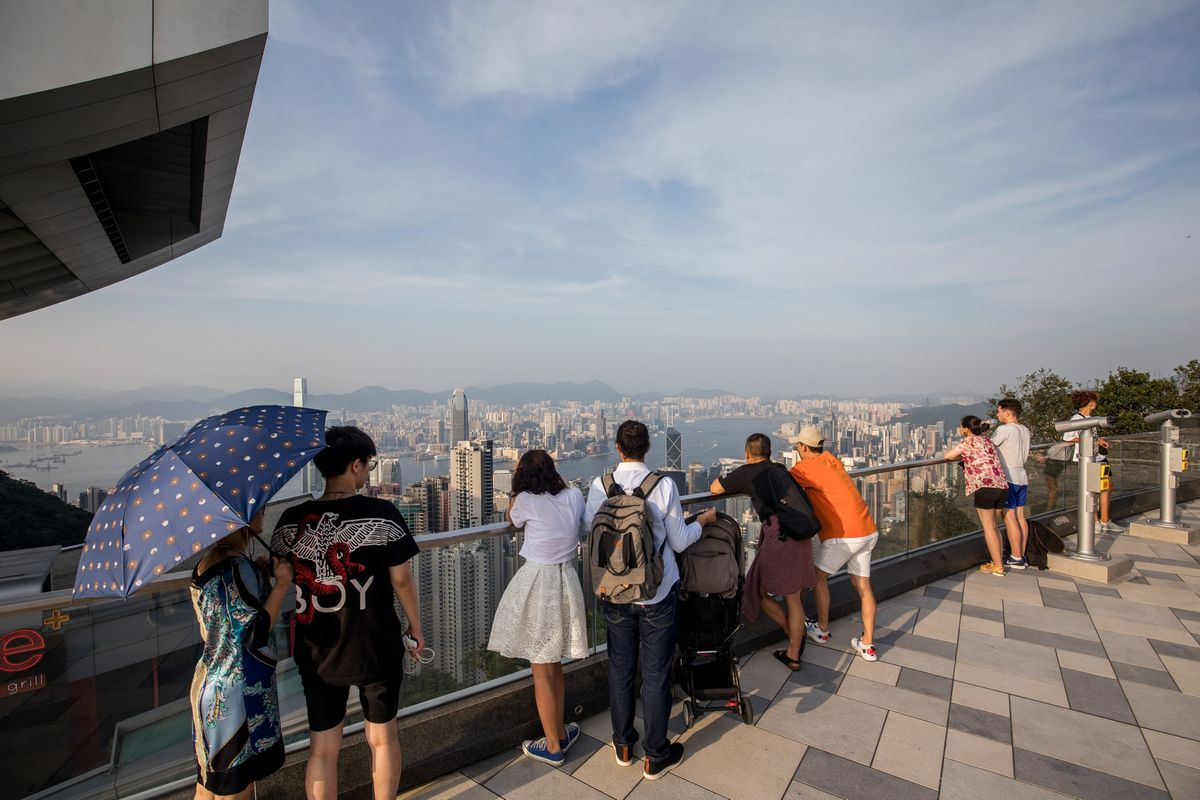 Hong Kong Protests Scare Away 90% of Mainland China Tour Groups