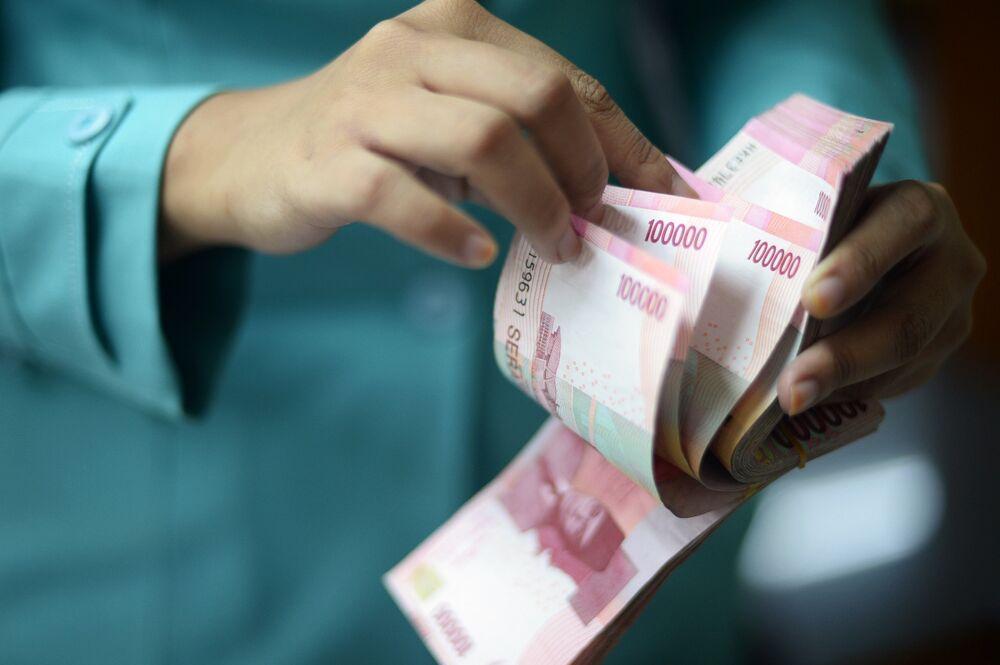 Ο κόσμος θα πληρώσει που δεν χειρίστηκε σωστά το χρέος του