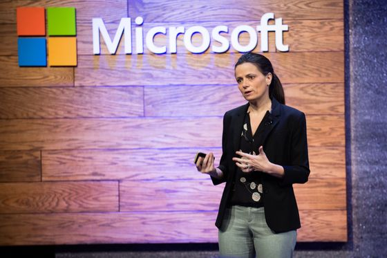 Microsoft Takes on Amazon, Snowflake in Cloud Data Services