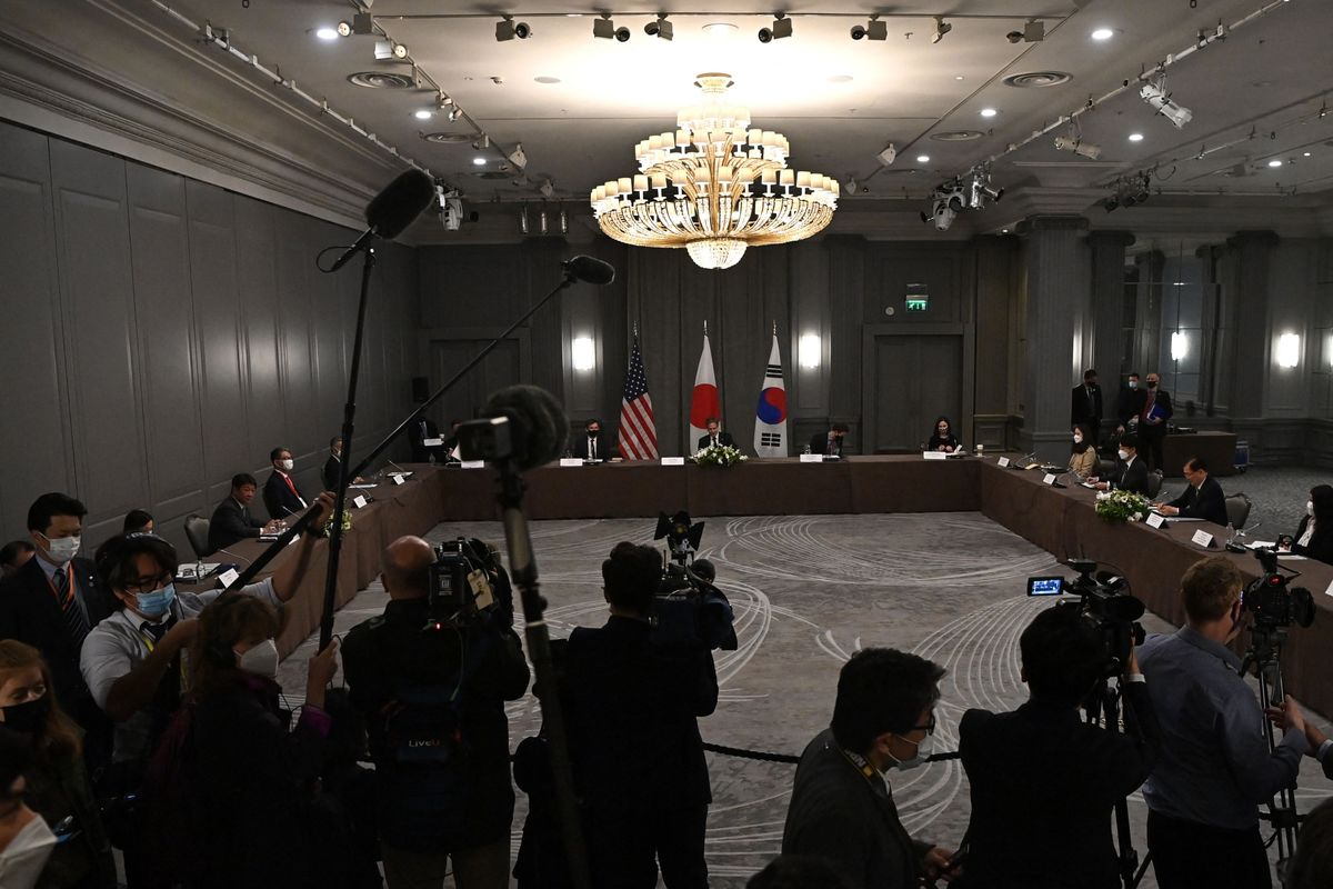 Japan and South Korea Air Their Differences as U.S. Seeks Unity