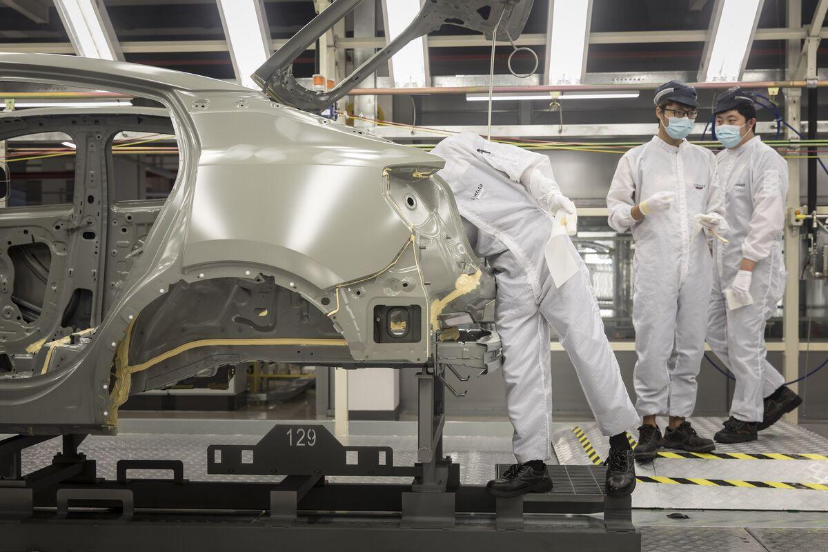 中国経済、7-9月4.9%成長-予想下回るもコロナから回復続く