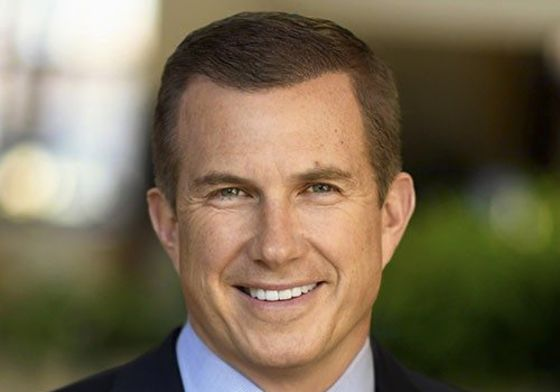 New Medtronic CEO Revamps Company to Improve Competitiveness