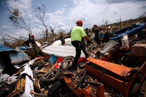 Alabama Law Threatens Tornado Recovery as Hispanics Flee