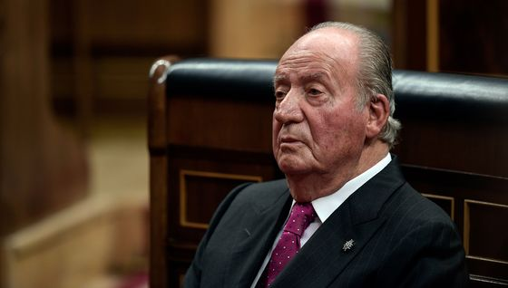 Former King Abandons Spain in Disgrace as Legal Woes Pile Up