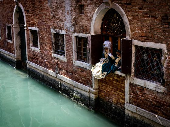Venice Carnival Ends Early as Italy Virus Outbreak Spooks Europe