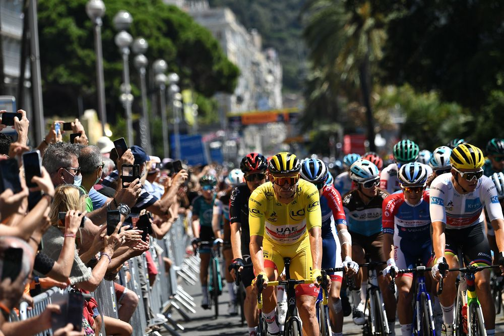 For His Father A Poignant Alaphilippe Win At Tour De France Bloomberg