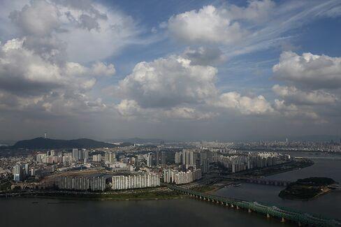 Koreans Get Reverse-Loan Lifeline Tapping Inheritance