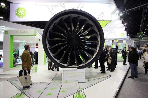 Boeing Dreamliner Engine Probe by U.S. Finds Fractured Shaft