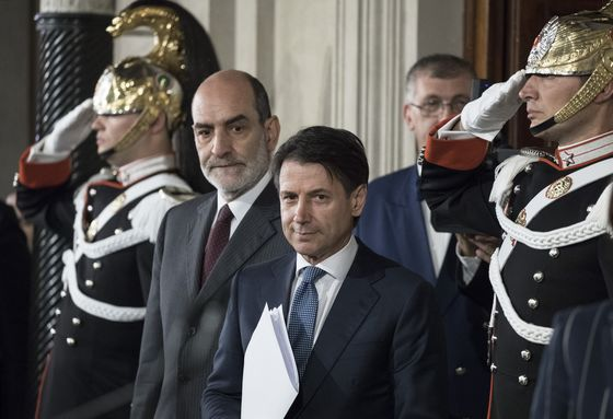 Conte Starts EU Roadshow in Test of Italy's Immigration Stance