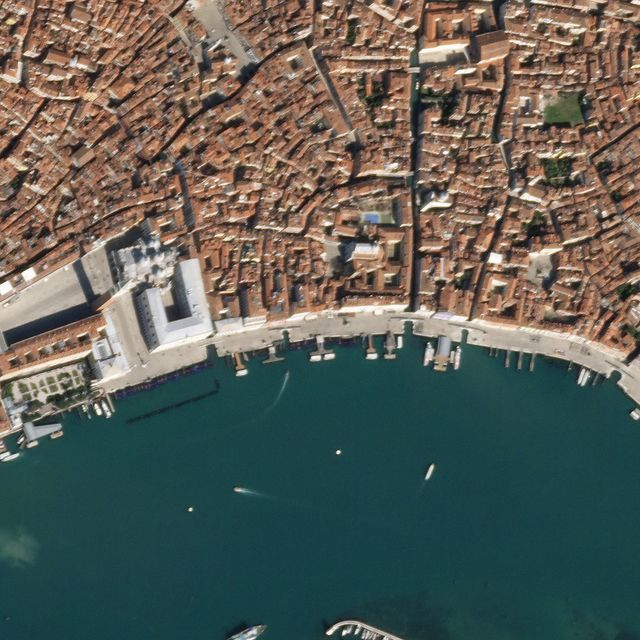 640x-1 What It Looks Like From Space When Everything Stops [your]NEWS