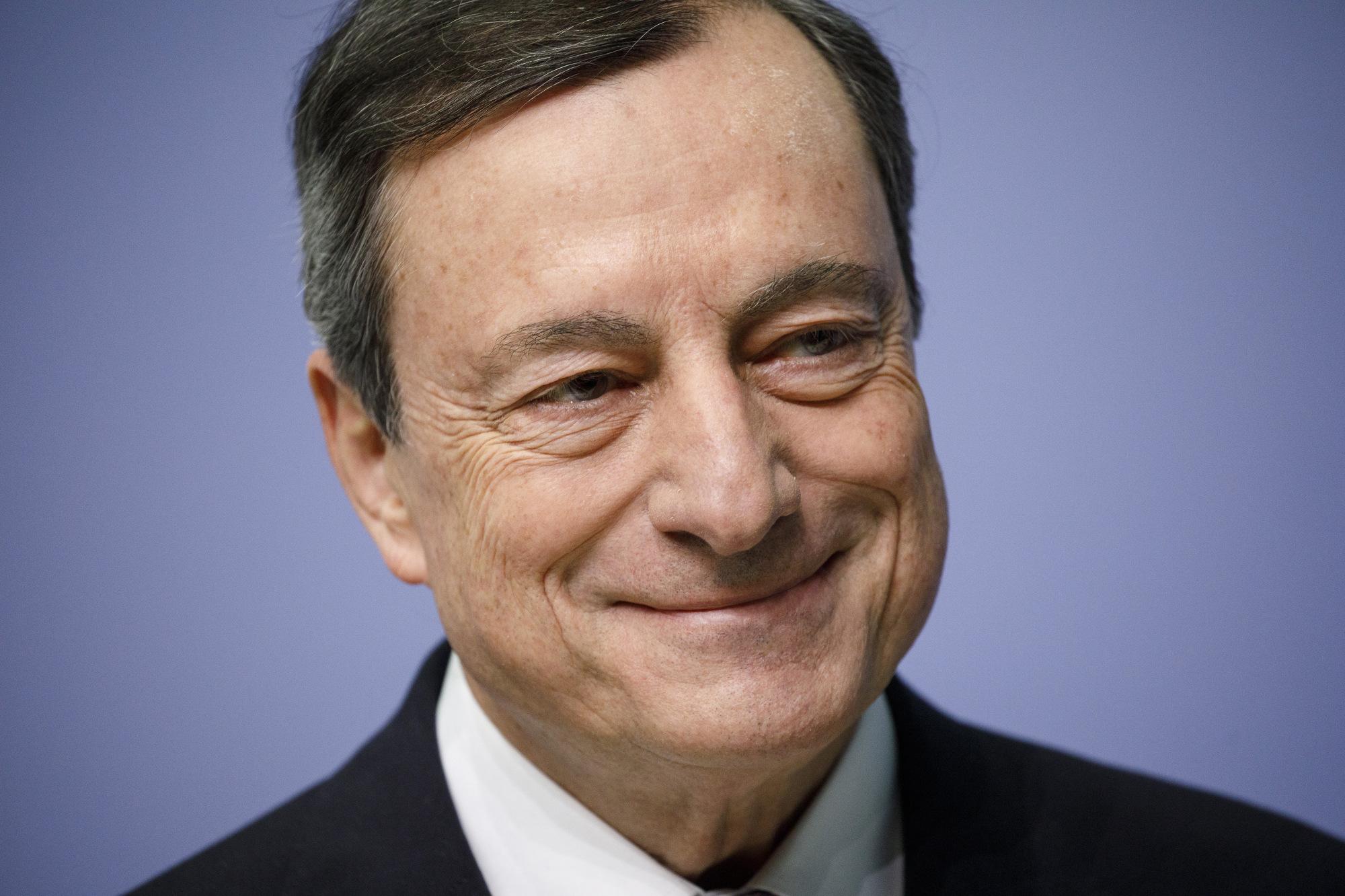 bloomberg.com - Piotr Skolimowski - Draghi Will Just About Raise ECB Interest Rate Before Retiring