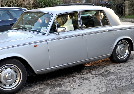 A Detailed Rundown of Kate Moss's QuirkyClassic Car Collection
